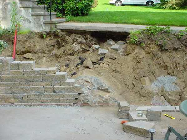 Landscape Retaining Wall